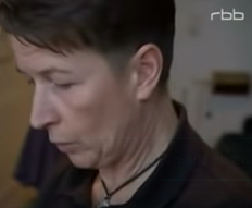 Aufräumcoach Rita Schilke bei einem Kundenbesuch