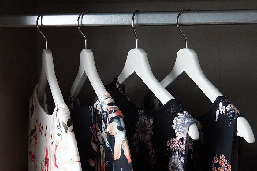 Kleiderschrank aufräumen: Aufräumtipps für das Kleiderschrank-Ausmisten