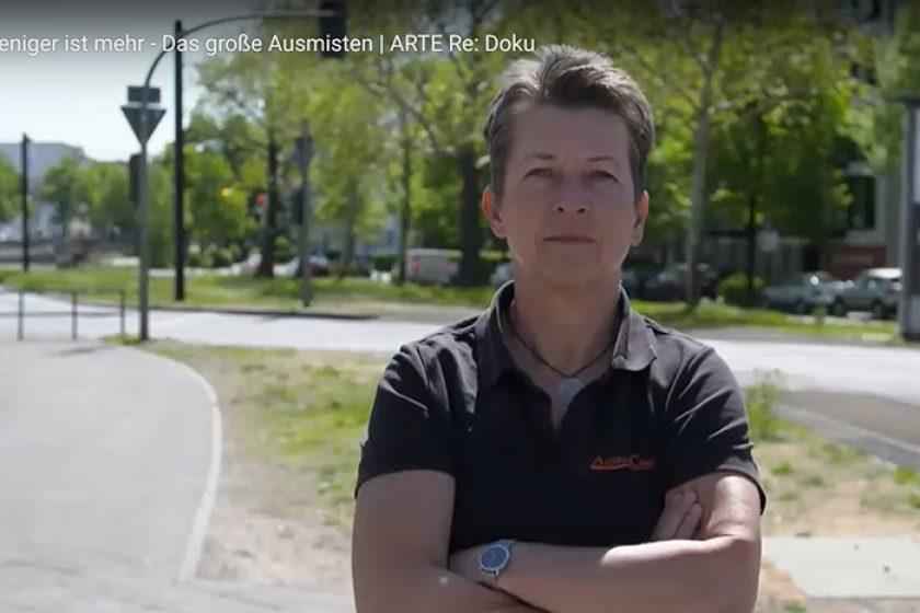 Reportage: Aufräumcoach Rita Schilke bei arte