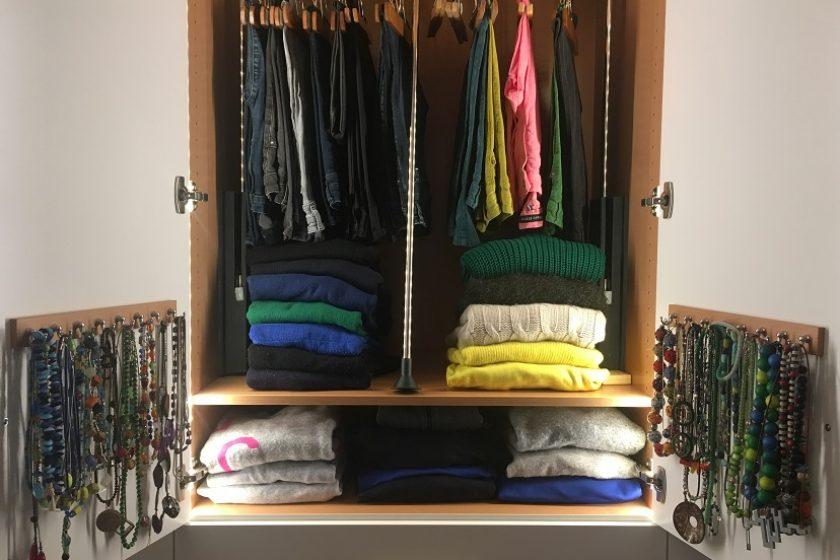 Ankleidezimmer einrichten: Tipps und Ideen vom Aufräumcoach